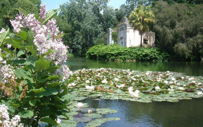 Alla reggia di caserta un percorso per specialisti di - Reggia di caserta giardini ...