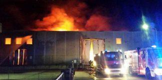 Incendio a San Felice a Cancello