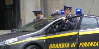 """Guardia di Finanza di Caserta, incastrati 542 """"furbetti"""" dei buoni spesa. Tra loro 80 pregiudicati"""