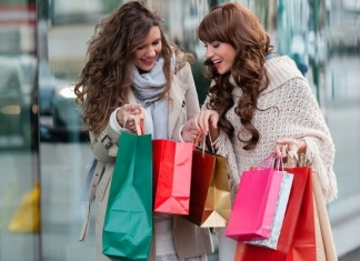 Covid, centri commerciali e negozi delle gallerie allo stremo in tutta Italia
