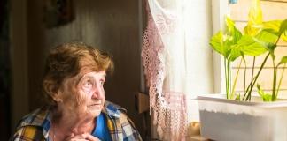 Anziani soli a Coronavirus