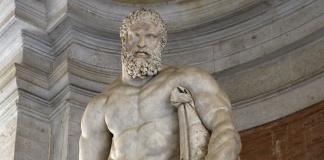 Ercole Farnese alla Reggia di Caserta (particolare)