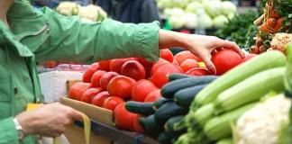 Il prezzo della frutta sale 40 volte l'inflazione