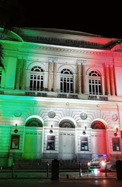 Teatro Garibaldi Tricolore