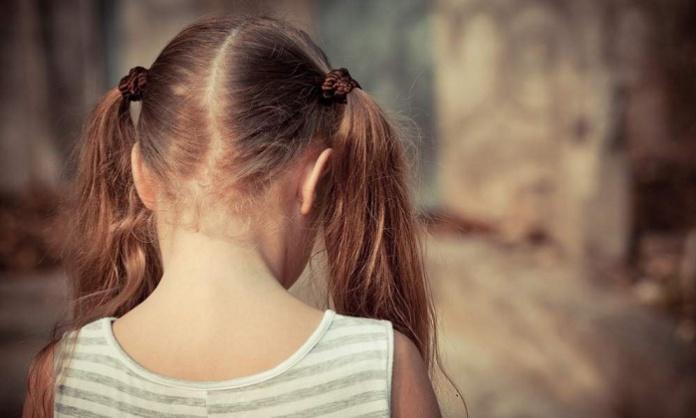 Orco arrestato per violenza sessuale ai danni della nipotina di 10 anni