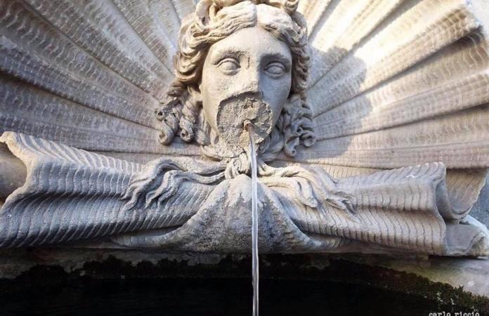 Fontana di Angelo Solari (1794), foto di Carlo Riccio