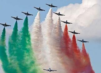 Giro d'Italia delle Frecce Tricolori
