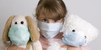 Campania, dal 22 giugno non sarà più obbligatorio indossare le mascherine all'aperto