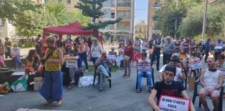 Caserta, centinaia di cittadini in piazza al presidio Lasciateci respirare