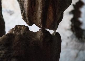 Il bacio, Grotte di Pertosa-Auletta