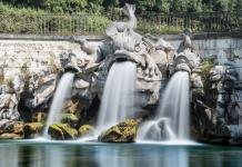 Reggia di Caserta - Fontana dei Delfini - Foto © CasertaWeb