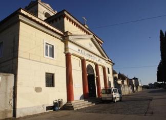 Cimitero di Santa Maria C.V. tra degrado e rischi: le associazioni si mobilitano