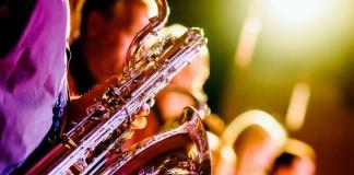 Big Band in diretta live dal Feelix con il sesto appuntamento di Ce'Musica