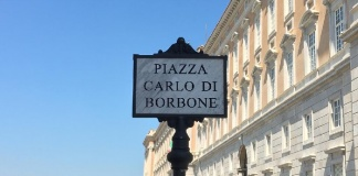 Reggia di Caserta: Carlo di Borbone ha la sua piazza, stamattina la cerimonia inaugurale