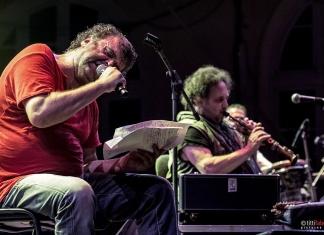 Pippo Delbono ed Enzo Avitabile in concerto conBestemmia d'amore