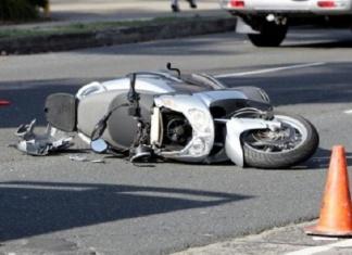 Padre e figlia muoiono in un incidente tornando dal mare in scooter. Lui era originario di Marcianise