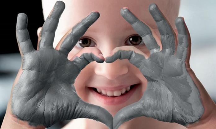 Anche a Napoli la ceramico-terapia si fa a casaper i bambini della Fondazione Lene Thun Onlus