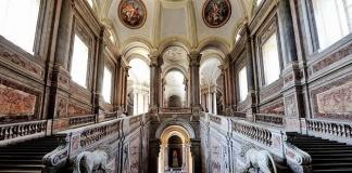 Reggia di Caserta: al via l'intervento di manutenzione dei leoni dello scalone monumentale