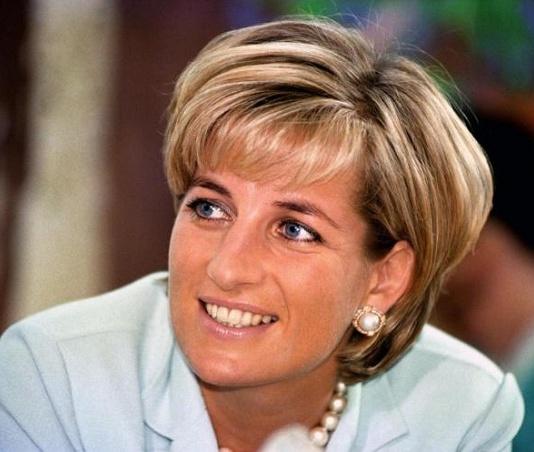 Quel che non si dice su Lady D, una donna, un'attivista sociale prima ancora di una principessa
