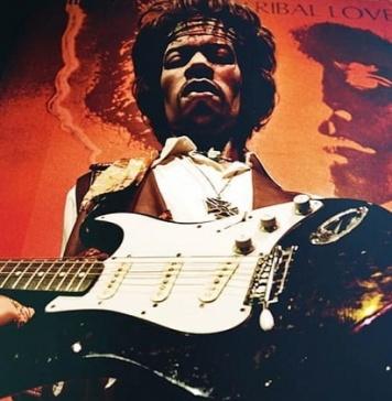 Jimi Hendrix, 50 anni dalla morte del miglior chitarrista di tutti i tempi