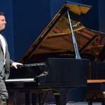 Luca Alemagna si è esibito con successo al Piano City Napoli