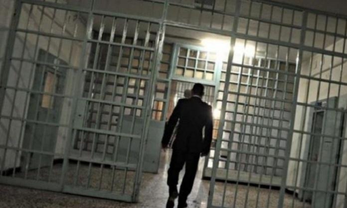 Aggressione al poliziotto del carcere di Aversa, il sindacato: