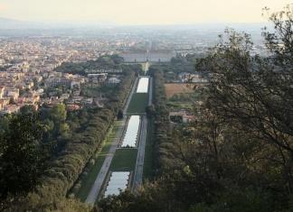 Il Parco della Reggia di Caserta visto dal Bosco dell'Oasi di San Silvestro