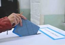Prometteva posti di lavoro e agevolazioni edilizie in cambio di voti