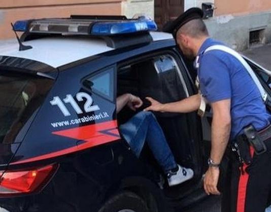 Carabinieri, arresto