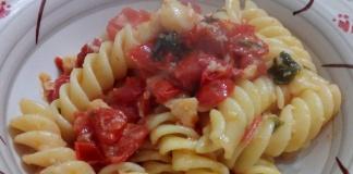 Fusilloni di Gragnano con baccalà,pomodori secchi e datterini