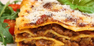 """Confesercenti Campania, ecco la """"lasagna solidale"""": 1500 pasti per i più poveri per una vigilia di Natale"""