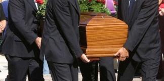 Caserta, focolaio dopo un funerale 76 positivi a Rocca D'Evandro