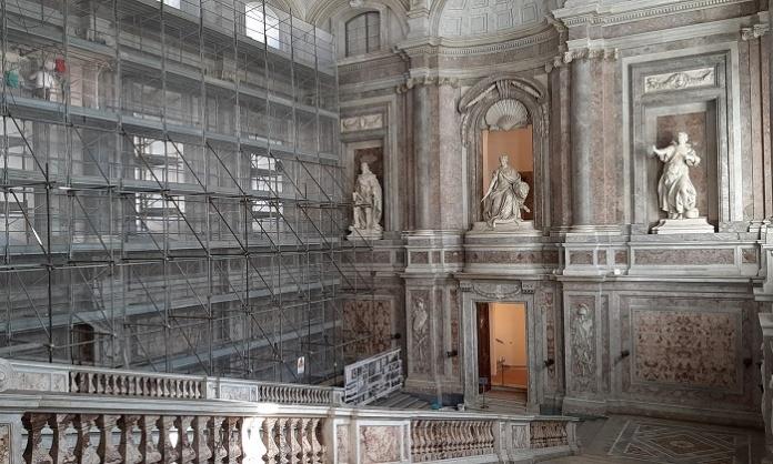 Reggia di Caserta: lavori di restauro allo Scalone Monumentale e quegli