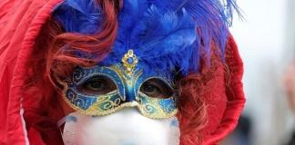 Campania, fino al 16 febbraio c'è il divieto di feste e di ogni altra forma di aggregazione in luoghi pubblici e privati, all'aperto e al chiuso