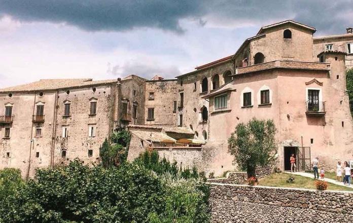 Caserta, parte daGalluccioil progetto per valorizzare il territorio italiano e le eccellenze locali
