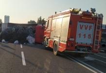 Incidente sulla Domiziana, resta bloccato nel camion