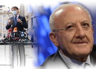 Vincenzo De Luca prende in giro Giuseppe Conte
