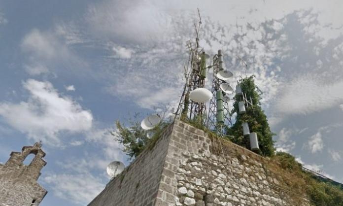 Via le mega antenne dal borgo di Casertavecchia: il Comune delibera la delocalizzazione in località Montone