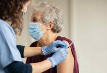 """Vaccini agli anziani, Uecoop: """"Con nuovo piano Covid, 80enni salvi in 9 giorni"""""""