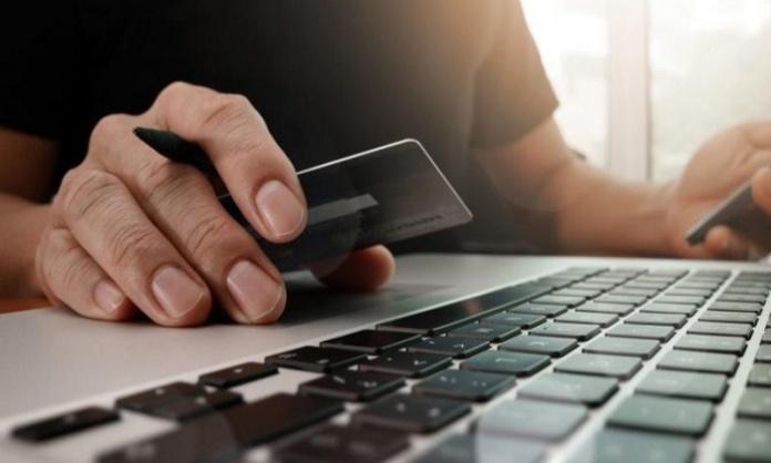 Conti correnti, prezzi in calo: cresce il risparmio per depositi online e tradizionali. Famiglie e coppie sul podio del risparmio