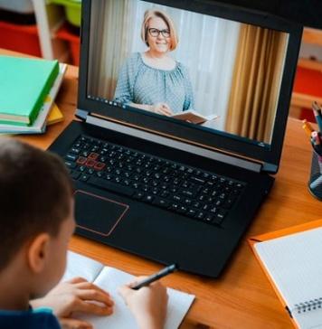 Furto di computer destinati alle scuole: li ricompra il presidente dell'Afidop e Consorzio di Tutela Mozzarella di Bufala Campana DOP