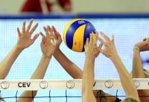 La pallavolo si racconta agli studenti del liceo Manzoni di Caserta