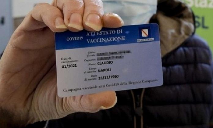 Caserta, smart card vaccinali in consegna da venerdì 14 maggio