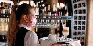 Dal 1 giugno ristoranti aperti anche al chiuso e nei bar consumazione al bancone