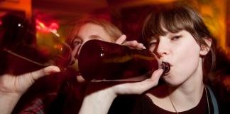 Caserta, il Comune dispone il divieto di consumo di bevande alcoliche dopo mezzanotte