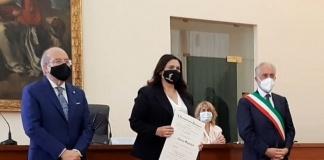 Il Soprano Teresa Sparaco insignita del titolo di Cavaliere dell'Ordine al Merito della Repubblica Italiana