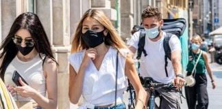 Obbligo di mascherine all'aperto e divieto di vendita e consumo di bibite alcoliche in Campania fino al 31 luglio