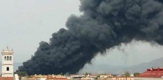 Picco di diossine nell'aria in provincia di Caserta dopo l'incendio di Teverola-Carinaro